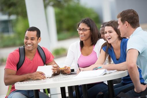 大学生の写真
