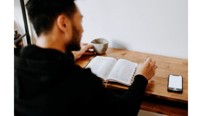 社会人が読書するメリット